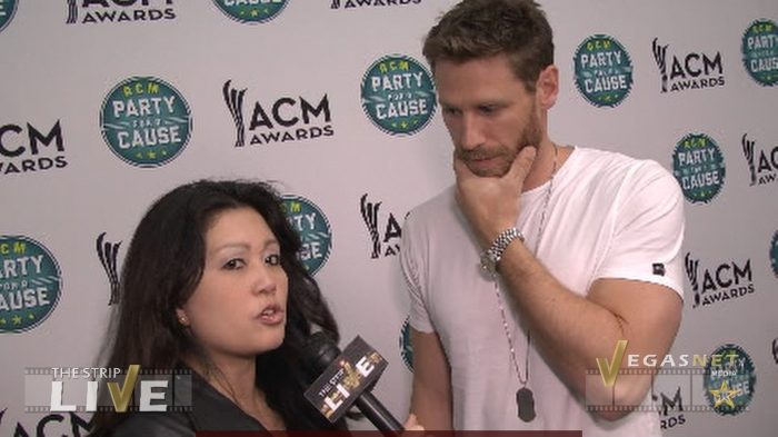 Chase Rice showcase on THE STRIP LIVE (with Maria Ngo & Ray DuGray)
